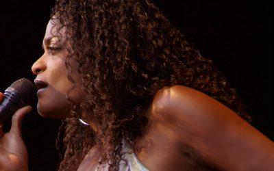 Izaline Calister – Lady Sings The Tambú